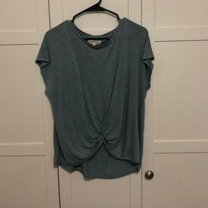 Lou & Grey twist front top